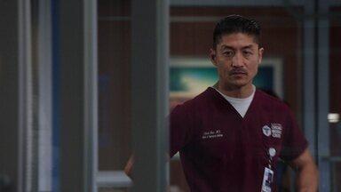 Quero Perdão, Não Permissão - Dr. Marcel e o Dr. Manning colocam tudo em risco para ajudar uma mulher doente. Chocado, Dr. Choi lida com um paciente que exige perfeição absoluta de si mesmo.