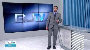 Rio das Ostras terá Semana da Bossa Nova Virtual - Evento terá videoaulas, bate-papo musical e shows com artistas da região. Tudo online e de graça.
