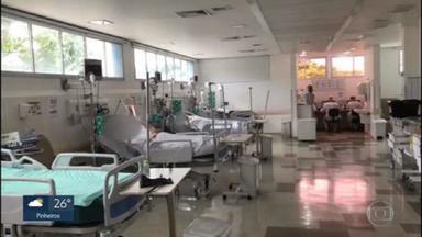 Taxa de ocupação de leitos com pacientes que contraíram Covid chega a 80% no estado: situação em Bauru preocupa - Só no último fim de semana foram quase 8.500 pessoas internadas com Covid.Situação é preocupante em Bauru. Governo vai abrir 11 hospitais de campanha no interior do estado.