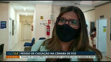 Pedido de cassação de vereador é protocolado na Câmara de Vereadores de Foz do Iguaçu - Vereador Dr. Freitas (PSD) foi denunciado por compra de votos nas eleições de 2020.