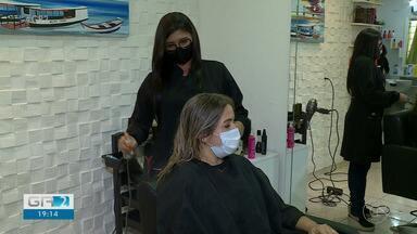 Salões de beleza e barbearias já sentem impacto do decreto do governo do estado - O decreto proíbe o funcionamento de serviços considerados não essenciais