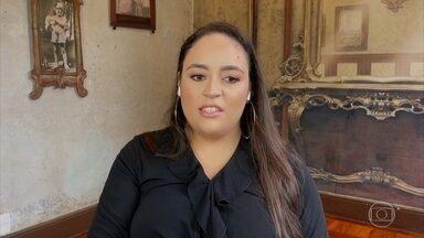 Programa de 18/03/2021 - Papo com a artista Marina Amaral, considerada uma das melhores coloristas digitais do mundo. Ela reconstitui as cores de fotos históricas. Ela também é autora de livros e produtora de documentários. Recentemente, foi diagnosticada autista, aos 26 anos. Participação da jornalista Andréa Werner.