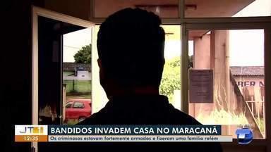 Bandidos fazem família refém e roubam moto, joias e celulares no bairro Maracanã - Crime aconteceu na manhã desta quarta-feira (24).