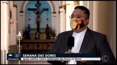Celebrações em Araxá relembram as 'Sete dores de Maria' - São sete dias de orações que ocorrem na penúltima semana da Quaresma. Momento de fé é realizado de forma virtual por causa da pandemia.