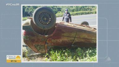 Carro capota na BR-242, no oeste da Bahia; não foram encontradas vítimas no local - Caso ocorreu na tarde de segunda-feira (5), no município de Ibotirama. Equipes do Samu esteve no local mas não encontraram vítimas.