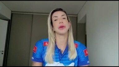 Thaísa, bicampeã olímpica, abre mão de Tóquio e se despede da seleção - Thaísa, bicampeã olímpica, abre mão de Tóquio e se despede da seleção