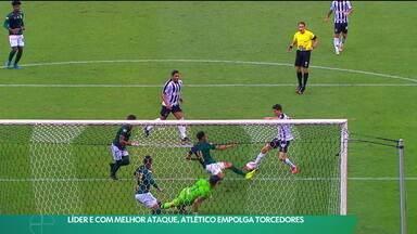 Líder e com melhor ataque, Atlético empolga torcedores - Líder e com melhor ataque, Atlético empolga torcedores