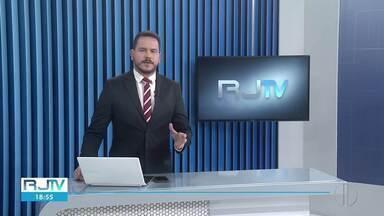 Veja a íntegra do RJ2 desta quarta-feira, 14/04/2021 - Apresentado por Alexandre Kapiche, telejornal traz os principais destaques do dia nas cidades das regiões dos Lagos, Serrana e Noroeste Fluminense.