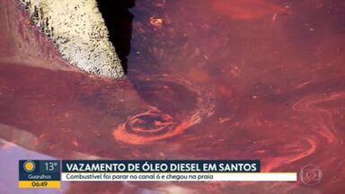 Óleo diesel de geradores de supermercado vaza e atinge a praia em Santos - Barreiras de contenção foram colocadas pra evitar que o combustível se espalhasse ainda mais.