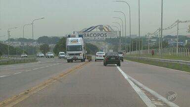 Motoristas cobram melhorias na Rodovia Miguel Melhado em Vinhedo - Estrada liga a Rodovia Anhanguera na cidade ao Aeroporto de Viracopos, em Campinas. Confira os detalhes a partir de 11h45, no EPTV1.