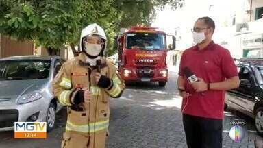 Incêndio atinge casa em Governador Valadares - Ocorrência de grande proporção foi registrada na manhã desta quarta-feira.