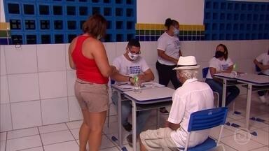 Igarassu tem quase 7 mil pessoas aguardando a segunda dose da vacina Coronavac - Pernambuco recebeu novo lote da vacina, mas, não foi suficiente para atender o déficit de Coronavac do Estado.