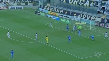 Santos vence o São Bento por 2 a 0 e escapa do rebaixamento - Partida aconteceu no domingo (9) pelo Paulista.