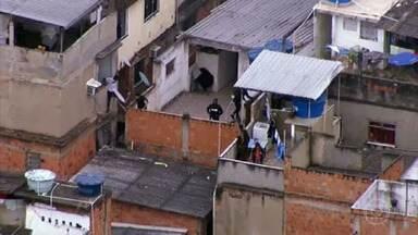 Relatório da polícia do Rio revela antecedentes dos 27 mortos na operação no Jacarezinho - 25 tinham passagens pela polícia e dois estavam envolvidos com o tráfico. Famílias denunciam execuções.