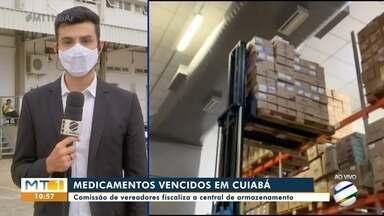 Vereadores de Cuiabá fiscalizam a central de distribuição de medicamentos pelo SUS - Vereadores de Cuiabá fiscalizam a central de distribuição de medicamentos pelo SUS.