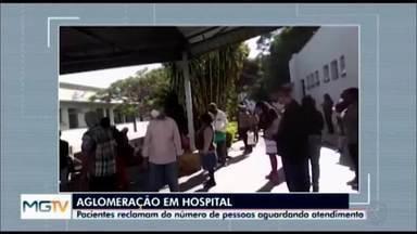 Covid-19: pacientes reclamam de aglomeração no HSJD em Divinópolis - Telespectadores enviaram imagens para a TV Integração de pessoas aguardando assistência no Hospital São João de Deus. A unidade respondeu sobre o assunto.