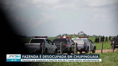 Fazenda 'Nossa Senhora Aparecida' é desocupada em Chupinguaia - Segundo a polícia, desocupação da área foi pacífical.
