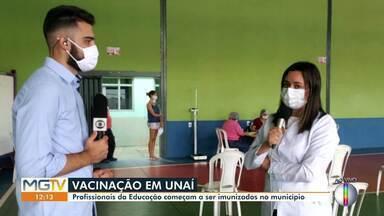 Profissionais da educação começam a ser imunizados em Unaí - Vacinação começou nessa segunda-feira (7).