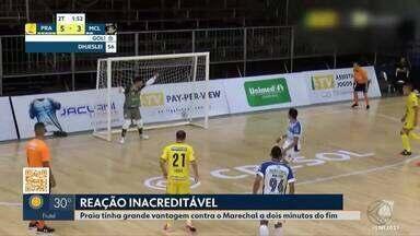 Praia Clube leva três gols nos últimos dois minutos e empata com Marechal pela LNF - Time de Uberlândia abre 5 a 2, mas falha na marcação do goleiro-linha e leva o empate a quatro segundos do fim do jogo.