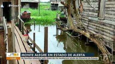 Famílias atingidas pelas cheias dos rios em Monte Alegre recebem kits de ajuda humanitária - Entrega ocorreu na quinta-feira (10).