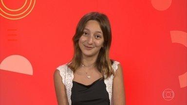 Conheça Helena Bemelmans - Cantora de 13 anos é de São Paulo, SP