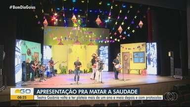 Após um ano e meio, Teatro Goiânia reabre para evento-teste - Prefeitura liberou a reabertura dos teatros com metade da capacidade.
