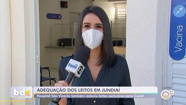 Leitos de Covid são liberados para público geral em Jundiaí após queda na ocupação - Os leitos dedicados aos pacientes com Covid-19 estão sendo reestruturados para o público geral em Jundiaí (SP). A medida foi tomada depois que a ocupação caiu nas últimas semanas.