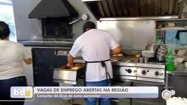Consultor de RH dá dicas de como aproveitar vagas de emprego abertas na região - Vagas de emprego estão abertas em São José do Rio Preto (SP) e Araçatuba (SP) nesta segunda-feira (9). Veja na reportagem dicas de um consultor de Recursos Humano sobre como aproveitá-las.