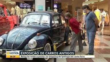 Carros antigos são expostos no shopping de Ipatinga - Confira.