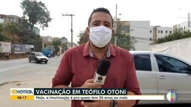 Em Teófilo Otoni, pessoas a partir de 26 anos são vacinadas contra a Covid-19 - Saiba mais.