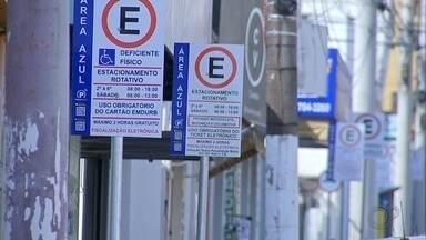 Parquímetros do estacionamento rotativo de Marília começam a funcionar neste domingo (15) - Os parquímetros do estacionamento rotativo de Marília (SP) começam a funcionar neste domingo (15). Veja as mudanças para os moradores da cidade.
