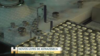 Depois de 2 semanas sem novas doses da AstraZeneca, Fiocruz deve liberar hoje 1,7 milhão de vacinas - A saída acontece em 2 remessas: 50 mil ficam no estado do Rio. O restante será entregue ao Ministério da Saúde para distribuição aos demais estados.