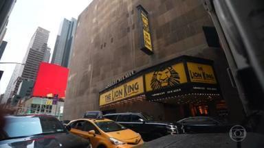 Musicais da Broadway reestreiam em Nova York - Peças ficaram paradas durante um ano e meio e agora voltam com público tendo que cumprir exigências.