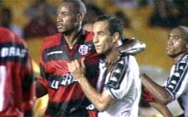 Em 1999, Vasco vence o Flamengo e conquista a Taça Rio