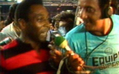 Baú do Esporte lembra jogo de 1979 em que o Flamengo, com Pelé, goleou o Atlérico-MG