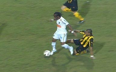 Os melhores momentos de Santos 2 x 1 Peñarol, pela final da Libertadores 2011