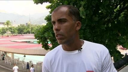 Felipe lembra histórias com as camisas de Vasco e Flamengo, entre elas a final do Carioca de 2004
