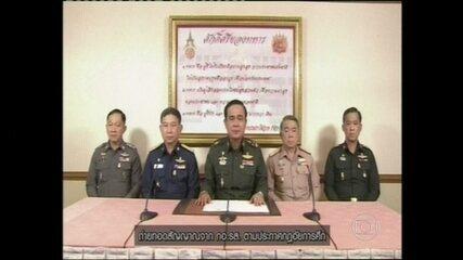 Golpe militar derruba governo na Tailândia