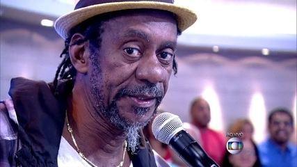 Luiz Melodia canta 'Pérola Negra'. Ouça o sucesso do compositor
