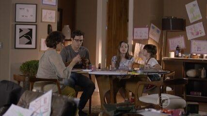 Sofia é hostil com Luca e Esther aconselha a neta