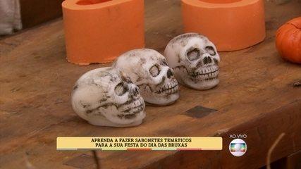 Peter Paiva ensina a fazer sabonetes para o Dia das Bruxas