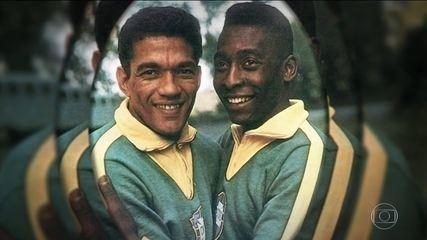 Pelé relembra último jogo ao lado de Garrincha pela Seleção e se emociona