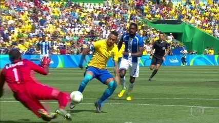 Gol relâmpago de Neymar abre goleada sobre Honduras e Brasil vai à final