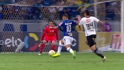 Melhores momentos: Cruzeiro 4 x 2 Corinthians pelas quartas de final da Copa do Brasil