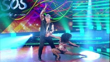 Sidney Magal arrasa no zouk do 'Dança dos Famosos'