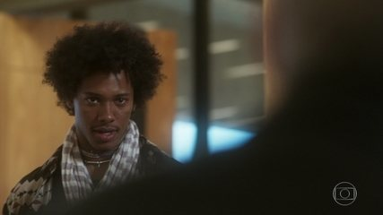 Zelito invade escritório e acusa Tião de ter matado Isabela
