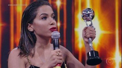 Anitta é a melhor Cantora de 2016 e leva segundo prêmio