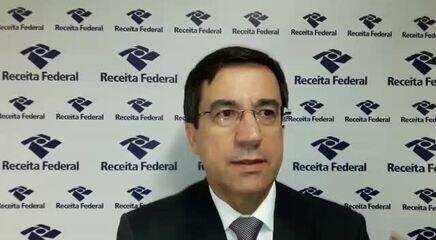 Carlos Roberto Occaso, da Receita, fala sobre a mudança na exigência de CPF para dependentes