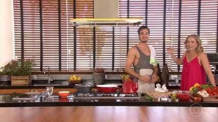 Tiago Iorc canta e cozinha para Angélica