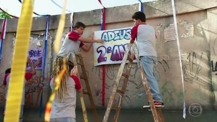 Os alunos do Dom Fernão preparam festa de encerramento